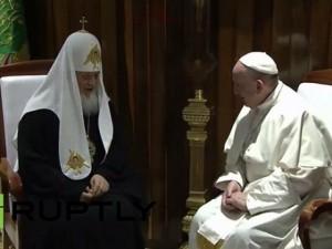 Cuộc gặp gỡ ngàn năm có một của Giáo hoàng Francis