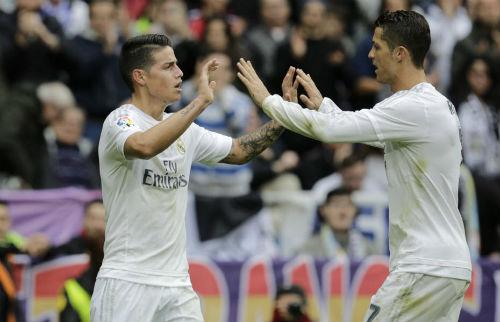 """Real thắng đậm, Zidane được học trò """"tôn thờ"""" - 1"""