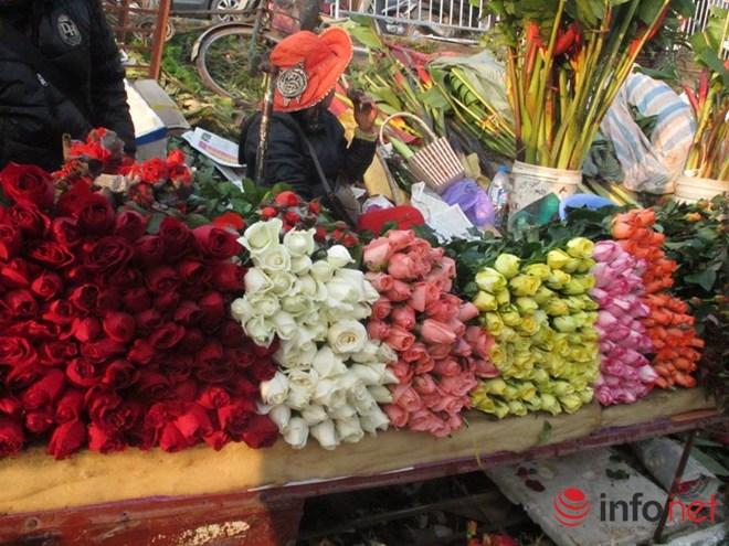 Khan hiếm, hoa hồng Valentine tăng giá mạnh - 2