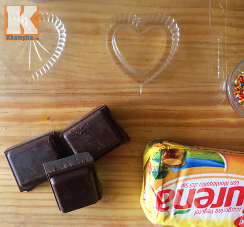 Tự làm kẹo socola trái tim tặng người ấy dịp Valentine - 1