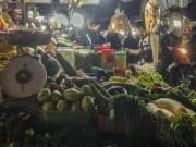 Thị trường - Tiêu dùng - Vác đồ quê lên phố vì lo thực phẩm giá cao sau Tết
