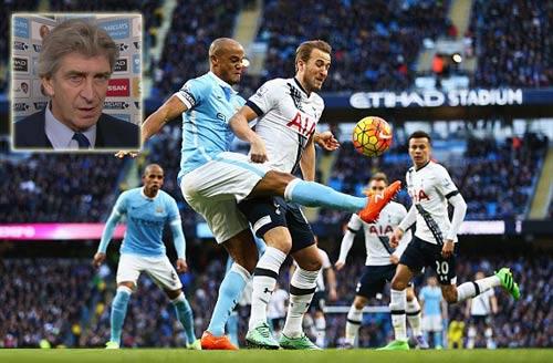 Man City lại thua, HLV Pellegrini đổ thừa trọng tài - 1