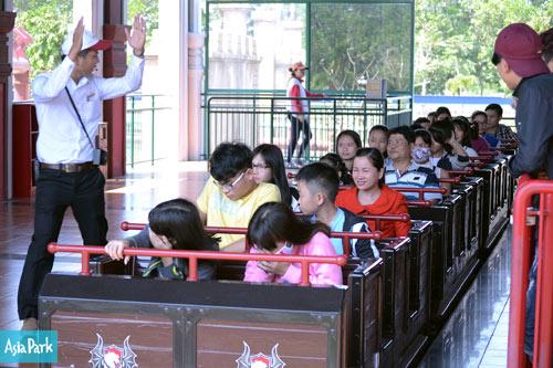 Đà Nẵng: Các Khu vui chơi tăng khách đột biến dịp Tết Nguyên đán - 4
