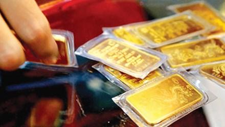 Sát ngày Vía Thần Tài, vàng giảm gần triệu đồng - 1
