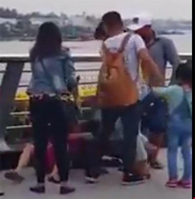 """Đôi nam nữ bị đánh ở bến Ninh Kiều là dân """"hai ngón"""" - 2"""