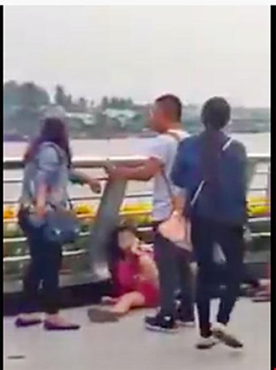 """Đôi nam nữ bị đánh ở bến Ninh Kiều là dân """"hai ngón"""" - 3"""