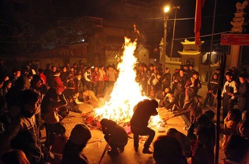 Những lễ hội độc, lạ của miền Bắc trong tháng Giêng - 1