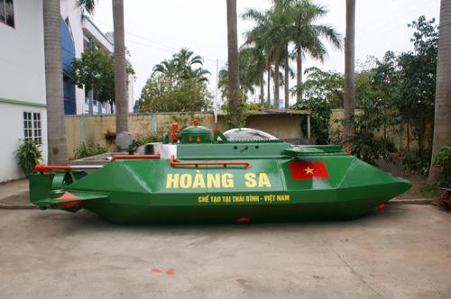 """Tàu ngầm Hoàng Sa bị """"tuýt còi"""" khi thử nghiệm trên biển - 1"""