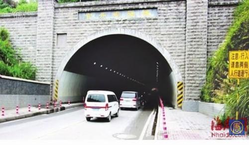 Lý giải về đường hầm bí ẩn giúp 'quay ngược thời gian' - 1