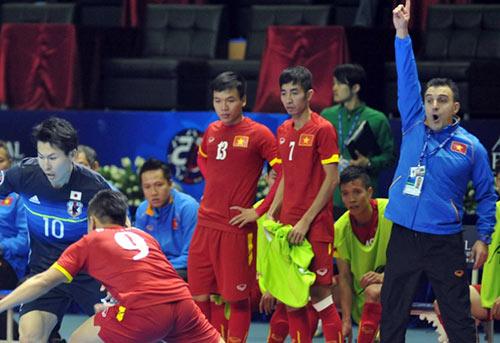 HLV futsal Nhật: VN quá xứng đáng lấy vé World Cup - 2
