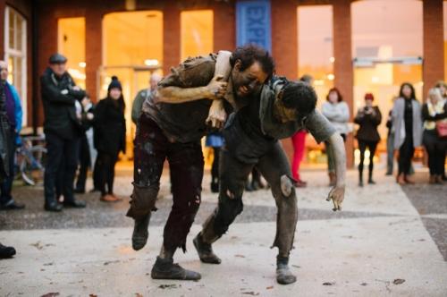 Bệnh khiến hàng nghìn người nhảy múa điên cuồng đến chết - 1