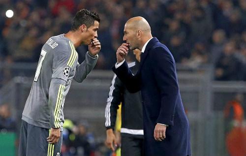 Chắc vé tứ kết cúp C1, Zidane ngất ngây vì CR7 - 1
