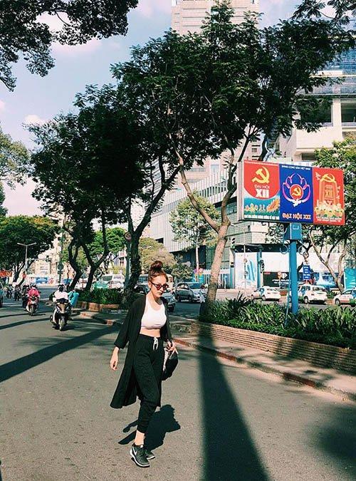 Facebook sao 18/2: Nhã Phương, Trường Giang lại bên nhau - 9
