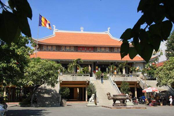 Tháng Giêng, đến thăm 4 ngôi chùa nổi tiếng ở Sài Gòn - 1