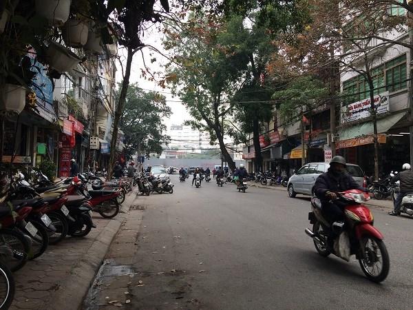 Chợ Trời ở Hà Nội vắng lặng sau ngày bị kiểm tra - 10