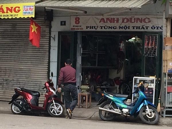 Chợ Trời ở Hà Nội vắng lặng sau ngày bị kiểm tra - 8