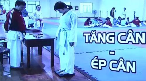 Áp lực ép cân của các vận động viên Karatedo - 1