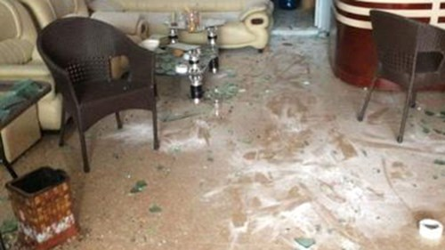 Điều tra vụ đập phá quán cà phê, đánh người dã man - 2