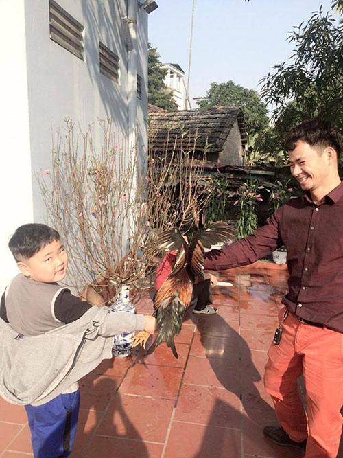 Facebook sao 19/2: Hari Won lại yêu đời sau bão scandal - 2