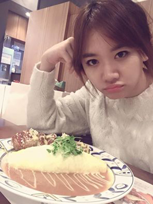Facebook sao 19/2: Hari Won lại yêu đời sau bão scandal - 1