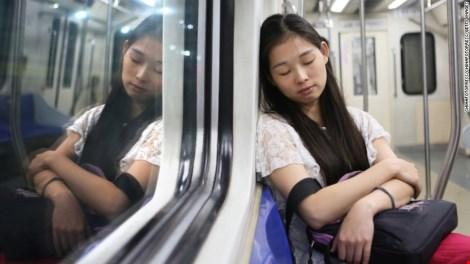 Hơn 30% người Mỹ thiếu ngủ - 6