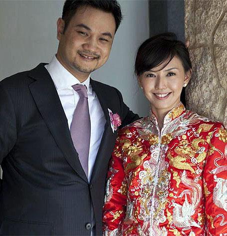 Những cặp vợ Hoa - chồng 'Tây' hạnh phúc của Cbiz - 7