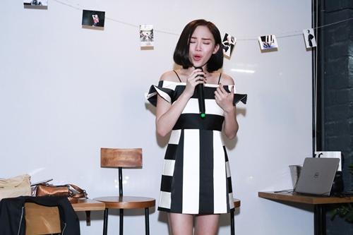 """Tóc Tiên bị fan ép giả giọng """"bạn trai tin đồn"""" - 9"""