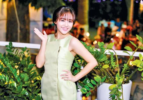 """Văn Mai Hương: """"Người yêu tôi phải vững về kinh tế"""" - 1"""