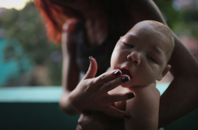 Hóa chất nghi gây teo não trẻ sơ sinh có được sử dụng tại HN? - 1
