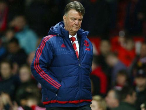 Van Gaal, Mourinho và Giggs: Đi thẳng là ngõ cụt - 1