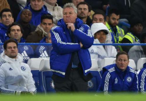 """Thua thảm Chelsea, Pellegrini đổ tại """"nghịch cảnh"""" - 2"""
