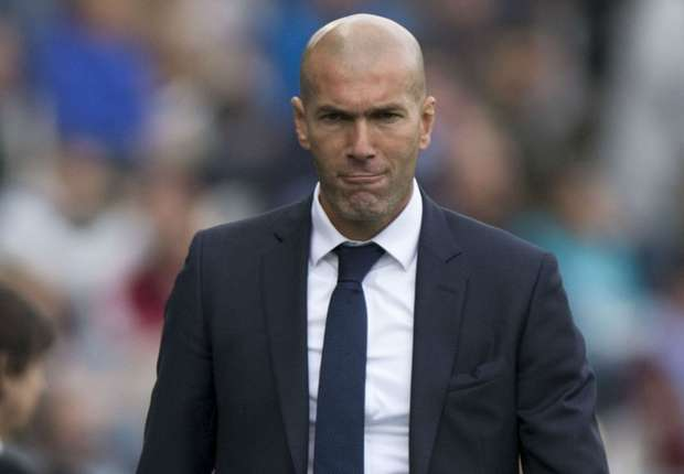 """Trọng tài """"giúp"""" Real có trận hòa may trước Malaga - 2"""