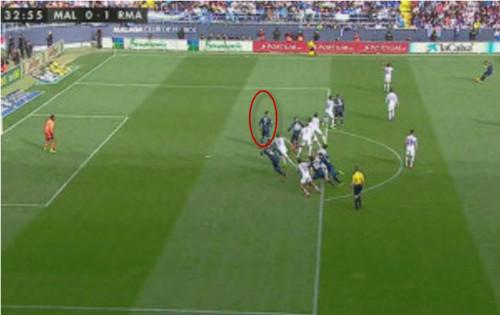 """Trọng tài """"giúp"""" Real có trận hòa may trước Malaga - 1"""