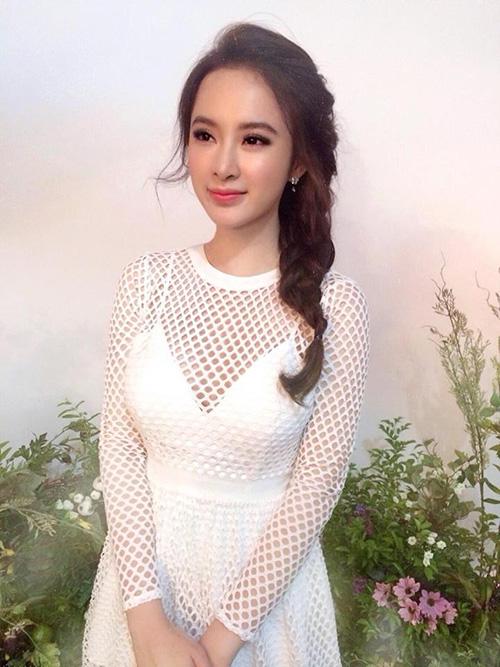 Facebook sao 22/2: Elly Trần khoe vòng eo đáng kinh ngạc - 6