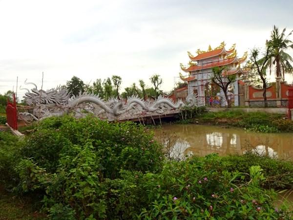Nhà thờ Tổ của Hoài Linh bị phá sập? - 2