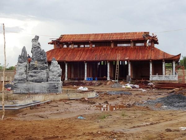Nhà thờ Tổ của Hoài Linh bị phá sập? - 5