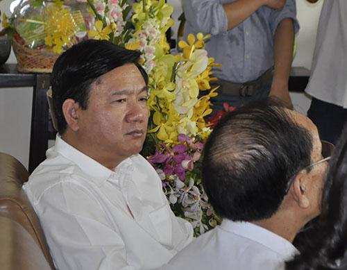 Ông Đinh La Thăng tìm lời giải bài toán quá tải bệnh viện - 2
