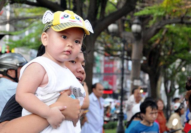 Ảnh: Lễ hội đường phố Tết Nguyên tiêu của người Hoa ở Sài Gòn - 12