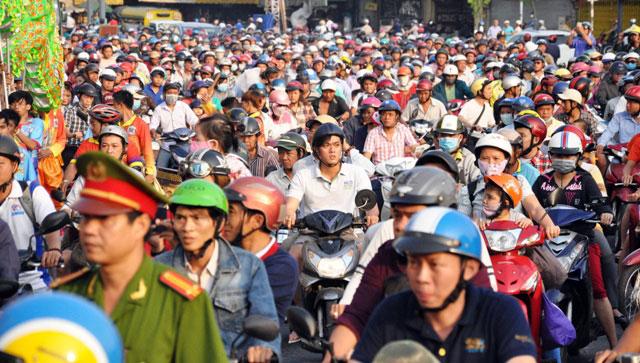 Ảnh: Lễ hội đường phố Tết Nguyên tiêu của người Hoa ở Sài Gòn - 14
