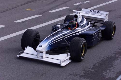 """Thử xe F1: Khi """"những chú tắc kè hoa"""" xuất hiện - 2"""