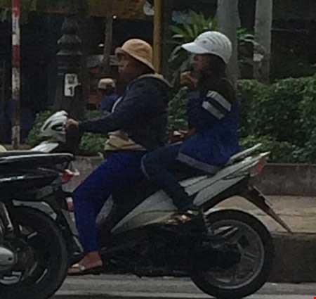 """""""Chợ"""" mại dâm di động lớn nhất Sài Gòn - 5"""
