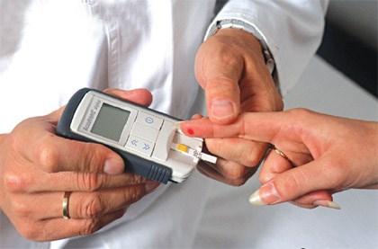 Sau Tết, nhiều bệnh nhân tiểu đường nhập viện cấp cứu - 1