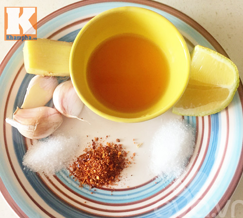 Mẹo rán cá không bắn dầu và cách pha nước chấm ngon - 6