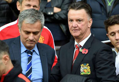 Beckham ủng hộ Van Gaal, Mourinho mua nhà ở Manchester - 2