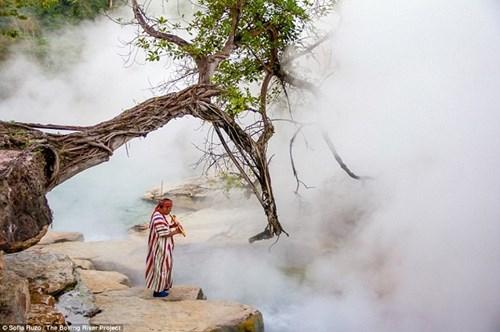 Dòng sông nước nóng huyền bí giữa lòng Amazon - 4