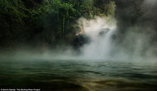 Dòng sông nước nóng huyền bí giữa lòng Amazon - 8