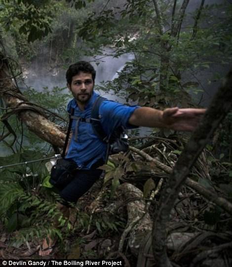Dòng sông nước nóng huyền bí giữa lòng Amazon - 5