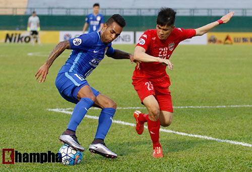 Sao ngàn tỷ CLB Trung Quốc bất lực trước 10 cầu thủ B.BD - 7