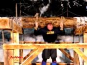 Video An ninh - Tròn mắt xem tài tử Hollywood nâng vật nặng hơn nửa tấn