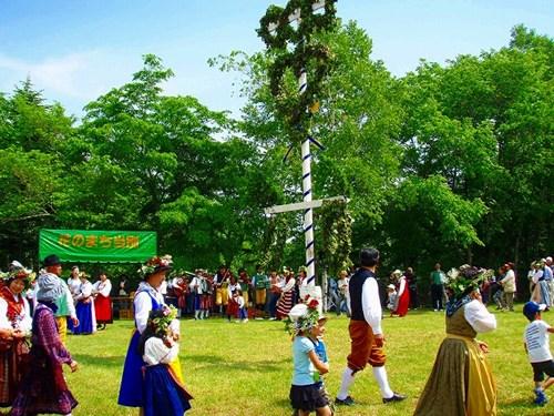 Ngôi làng 'Đồi Thụy Điển' cực dễ thương ở Nhật Bản - 8